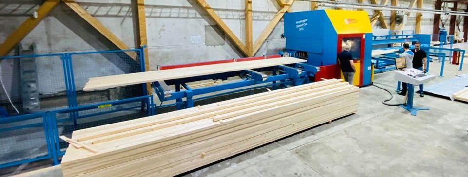 Machine precoupe bois maison rondin madrier